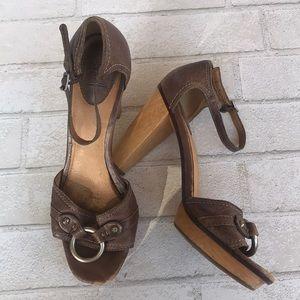 Frye leather platform high heel shoes size 8.5